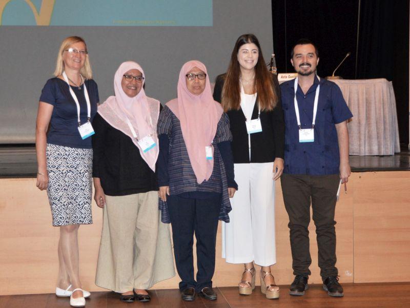 Asta Gustaitienė (kairėje) su Malaizijos, Graikijos ir Meksikos atstovais