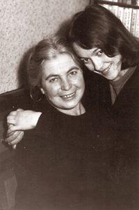 Su mama. Vilnius, apie 1969 m.