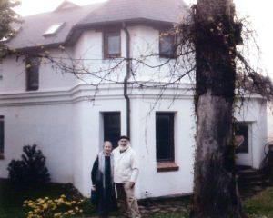 Prie savo namo. Apie 2011 m.
