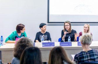 Diskusijos dalyvės Inga Mitunevičiūtė, Ilona Ežerinytė, Greta Barkauskytė ir Eglė Baliutavičiūtė. Nuotr. Vygaudo Juozaičio