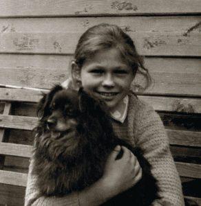 Su šuneliu Kudliumi Alytuje pas dėdę Joną.  Apie 1965 m.