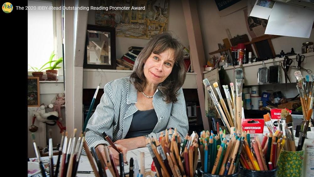 IBBY-iRead išskirtinio skaitymo skatintojo apdovanojimo laureatė Marit Törnqvist iš Nyderlandų
