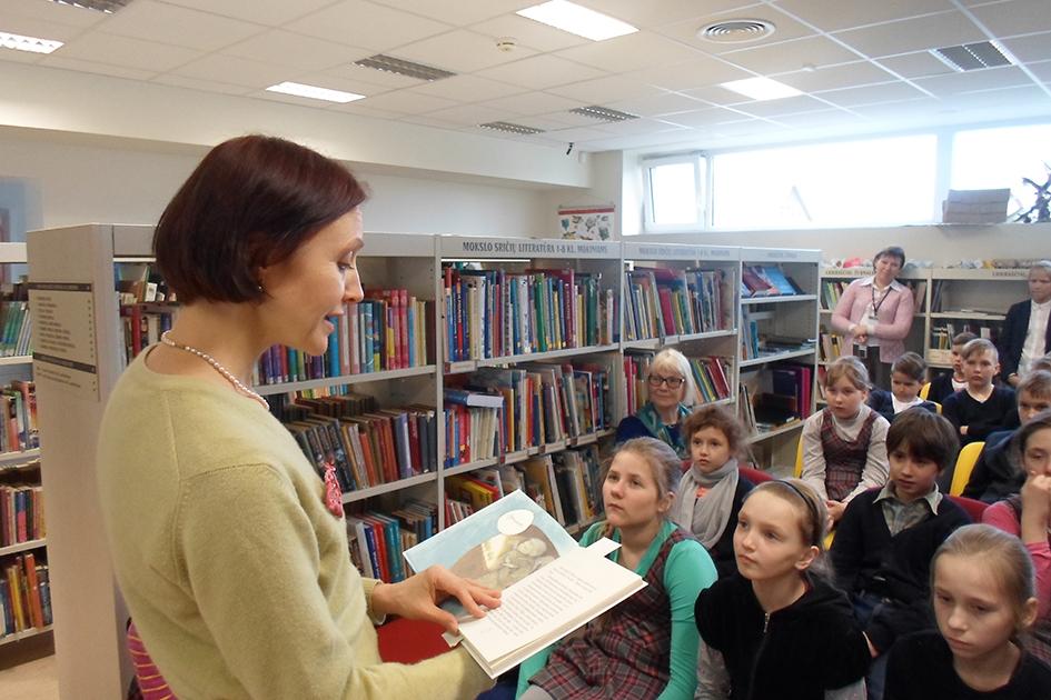 Susitikimas su vaikais Birštono viešojoje bibliotekoje. 2015 m.